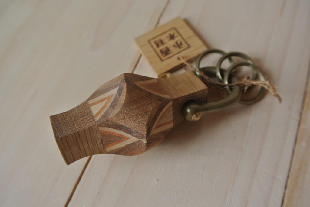 北海道産木材を使った小西木材の木べらやコースター