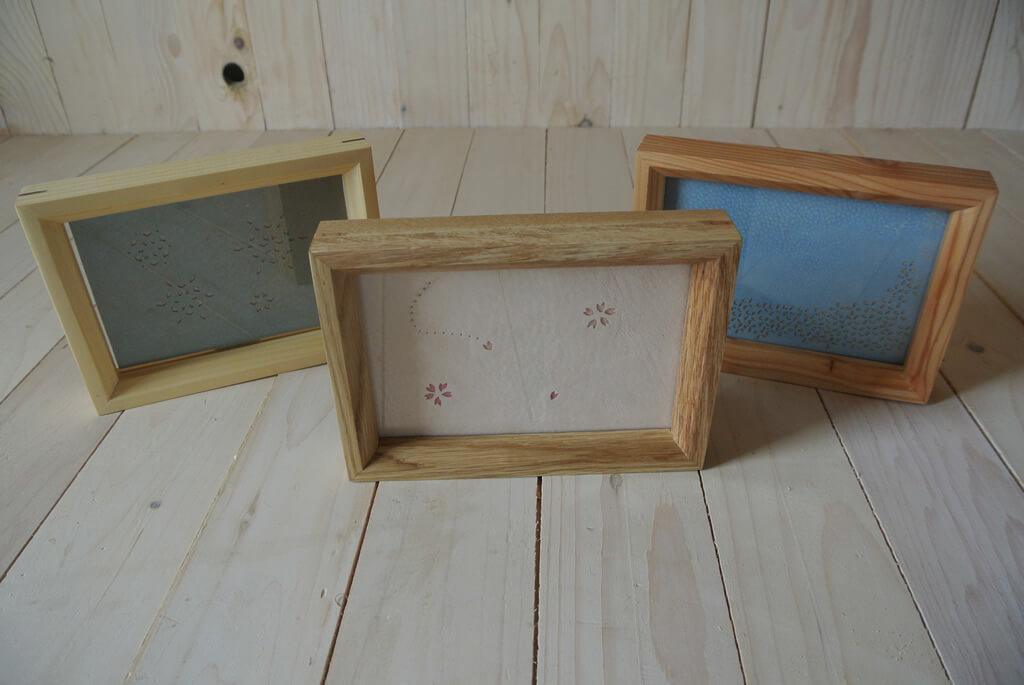北海道産木材と豚革を組み合わせたフレーム