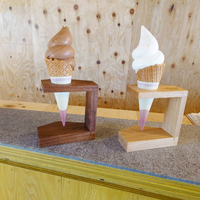 カフェスタンドmusbuさんのソフトクリームスタンド製作